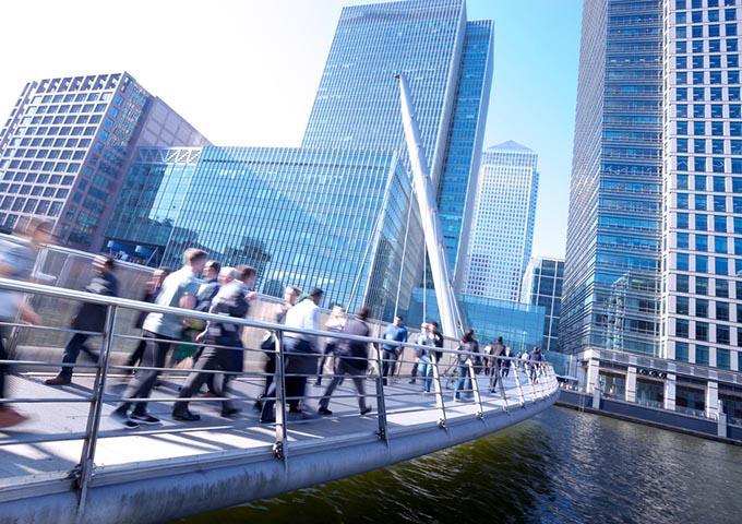 ロンドン金融